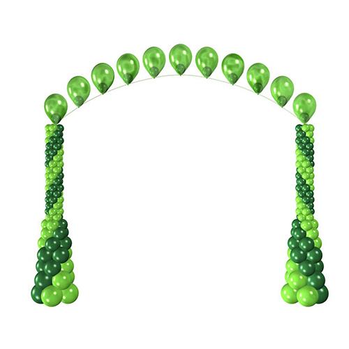 Гелиевая цепочка на высоких стойках