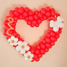Большое сердце из шаров