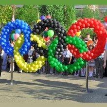 Олимпийские кольца из воздушных шаров