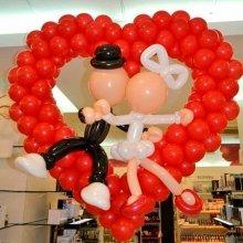 Сердце из шаров оригинальное на свадьбу
