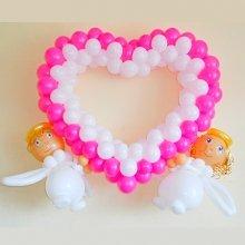 Сердце из шаров с ангелочками